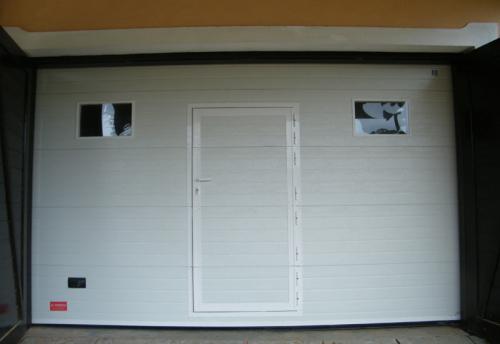 18-Sectional-Residential-Garage-Door